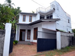 2 storey house for rent or sale