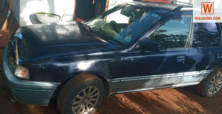 Nissan wingroad car 1998 for sale