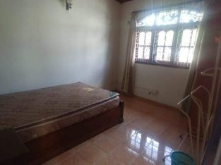 3bed upstairs house in kotte  – rent