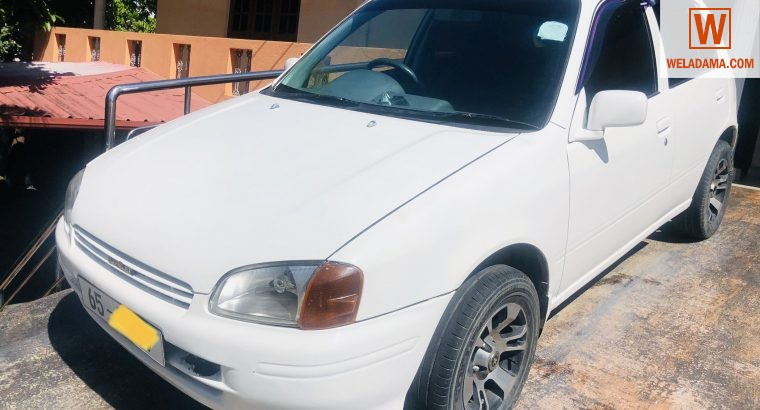Toyota starlet NP90