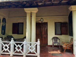 House near SMAK Junction Kadawatha Ragama Road.