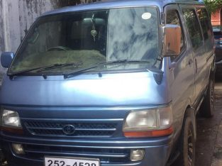 Dolpin Van Available for Rent